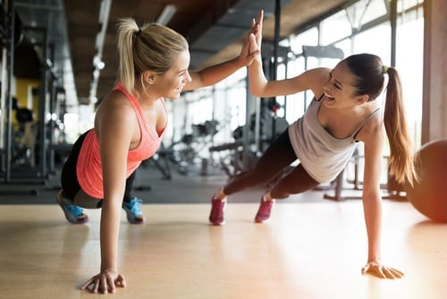 women working out in gym together-img-blog